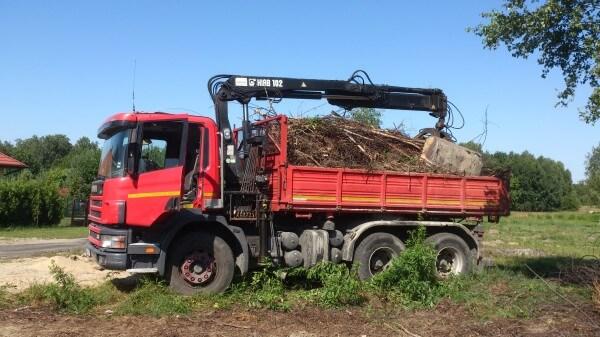 wywóz gałęzi z załadunkiem-transport-gabara