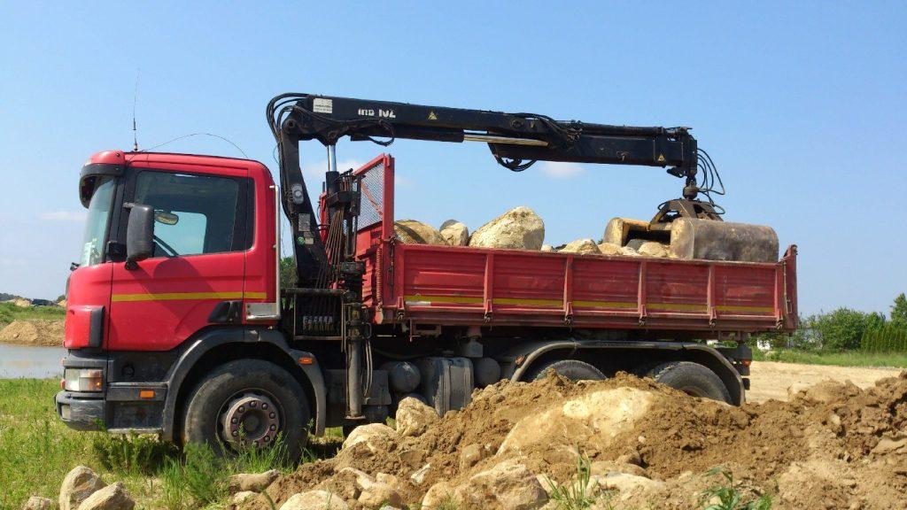 Transport Kamieni na skalniak