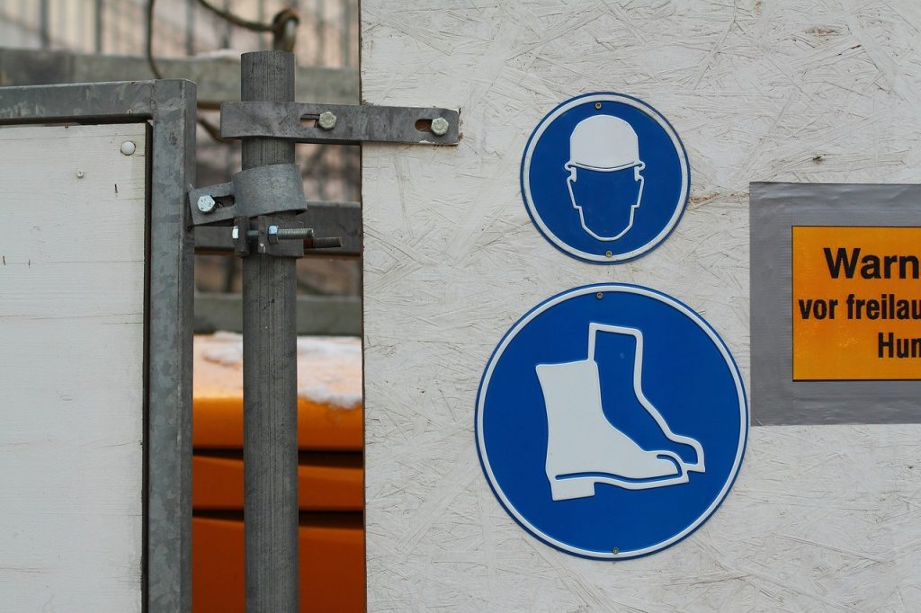 Znak o butach ochronnych bhp